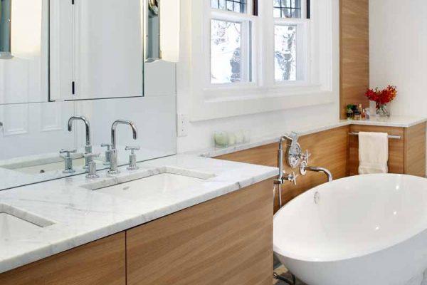 Vanity and tub